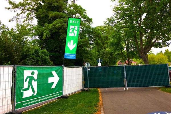 Fluchtweg-Fahne Exit Event Notausgang Eichenbrenner Veranstaltungssicherheit EVS Safety Konstanz Bodensee
